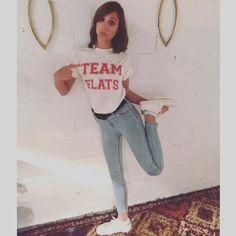 #CONCURSOTELVA: Eres de zapato plano o de taconazo? Sube una foto a #Instagram con el hashtag #TELVAteamflats o #TELVAteamheels y una mención/etiqueta a @TELVA y consigue una de las 50 exclusivas camisetas que hemos diseñado. Tienes hasta el 20 de marzo elige bando! Si tu look con zapato plano o taconazo está entre los mejores te harás con tu camiseta #TELVAteam. @michellejoyjenner lo tiene claro  by telva