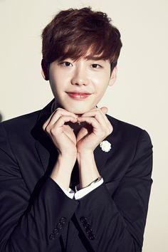 11 Ridiculously adorable photos from #LeeJongSuk's MVIO shoot