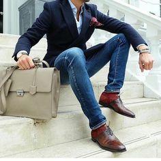 #suit #sharpdressedman #suit #suitandtie #dressedup #fashionable #menswear #mensfashion #success #wealth #money #celebrity #dressforsuccesss #sharp #wealthy #looks #great #feel #like #million #mensfashion #inspiration #lifestyle