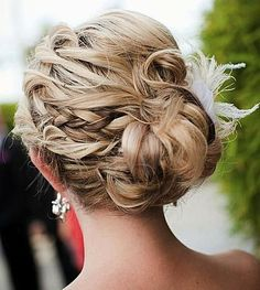 Messy Updos: The Best Casual Prom Hairstyles: Pretty Braided Updo