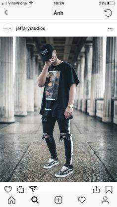 Miraculous Cool Tips: Urban Fashion Runway urban fashion teen hats. Moda Streetwear, Streetwear Fashion, Streetwear Clothing, Urban Fashion, Trendy Fashion, Fashion Black, Men Fashion, Fashion Ideas, Fashion Trends