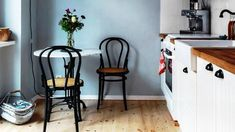 Charming Tiny Kitchens - Smart Small Space Ideas