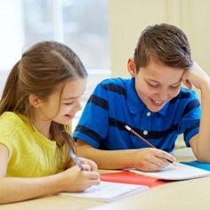 Con este juego tus hijos se divertirán redactando. ¡Tendrán que crear un periódico!