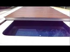 Resultado de imagem para piscina coberta acrilico