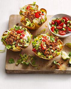 Beef burrito bowls Minced Beef Recipes, Spicy Recipes, Mexican Food Recipes, New Recipes, Cooking Recipes, Healthy Recipes, Ethnic Recipes, Beef Mince Recipes, Mexican Cooking