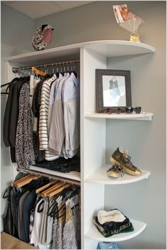 10-cool-and-clever-diy-corner-closet-ideas-7