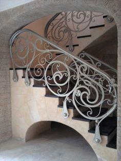 This is beautiful.but who wants to clean that? Stair Handrail, Banisters, Railings, Wrought Iron Decor, Wrought Iron Gates, Iron Staircase, Staircase Design, Interior Stairs, Interior Exterior