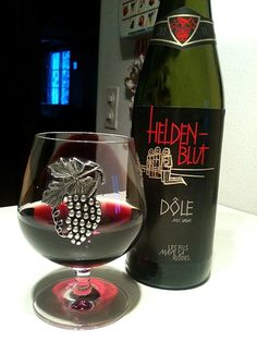 "Swiss red wine ""Dole"""