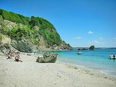 #DuporthBeach #StAustell #CornwallHolidayCottages  Duporth Beach is a private beach with exclusive use only.  http://www.chooseacottage.co.uk/cwa/england/cornwall/st-austell