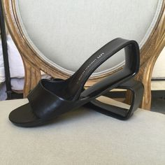 United Nude black leather sandals. United Nude black leather sandals in beautiful condition! Bought in UK:) United Nude Shoes Sandals