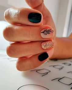 Nude Nails With Glitter, Black Nails With Glitter, Black Acrylic Nails, Best Acrylic Nails, Golden Glitter, Black Nails Short, Red Black Nails, Black Nail Designs, Acrylic Nail Designs