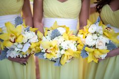 Yellow dresses with yellow and gray bouquets.