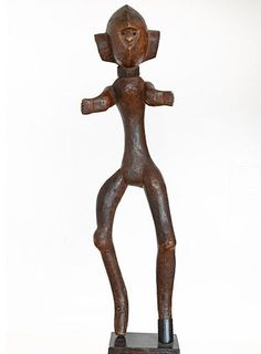 Male figure - Hehe - Tanzania