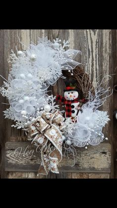 Christmas Advent Wreath, Outside Christmas Decorations, Snowman Wreath, Thanksgiving Wreaths, Easter Wreaths, Holiday Wreaths, Christmas Snowman, Christmas Crafts, Snowflake Wreath