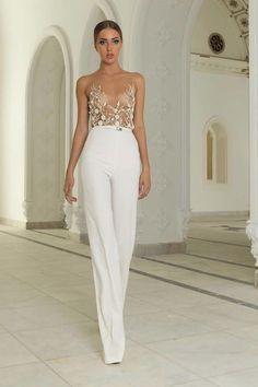 Abed Mahfouz Haute Couture 2015 - Love this sooo much! Abed Mahfouz, Bridal Pants, Bridal Jumpsuit, Look Fashion, High Fashion, Net Fashion, Bridal Fashion, Fashion Week, Wedding Pantsuit