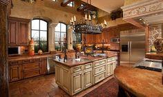 Modern Italian Kitchen Décor Ideas In Rustic House : Classic Luxury Italian  Kitchen Decor Ideas Solid Wood Cabinet
