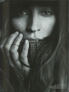 Caroline de Maigret (those rings)