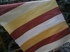 carpetka / tkany koberec pasikavy