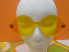 VTG 1970s Retro Groovy MOD YELLOW LUCITE SUNGLASSES Funky Made in France NOS