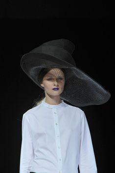 Yohji Yamamoto - ska der være hat - så lad der være hat!