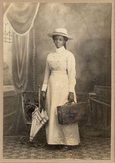 1890s-Beautiful-Black-Woman-w-Parasol-amp-Valise-Cabinet-Photo-Georgetown-Demerara