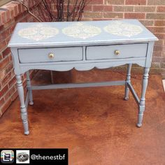 Superior Paint Co. Makeover from The Nest in Bonners Ferry Idaho using the New Galvanized Grey furniture paint colour from the Modern Farmhouse collection. Gray Painted Furniture, Grey Furniture, Modern Farmhouse, Farmhouse Decor, Bonners Ferry, Idaho, Barn Wood, Entryway Tables, Nest