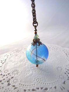 夏祭りのヨーヨーの様な水色の吹きガラスビーズのネックレス 大玉 Creema ハンドメイド アクササリー Handmade Accessory Necklace