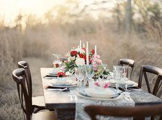 Romantic wedding inspiration in vibrant colours