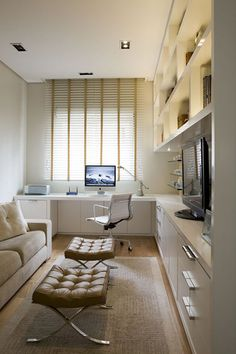 Cool Office Space, Office Nook, Home Office Setup, Guest Room Office, Home Office Design, House Design, Small Bedroom Office, Garage Office, Bedroom Desk