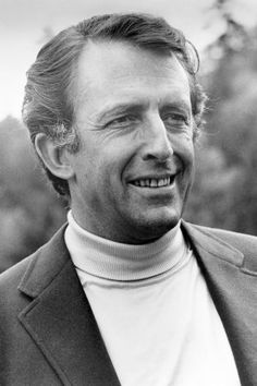 Fritz Weaver Dead: Tony-Winning Actor Was 90. He appeared on stage in such productions as 'Child's Play' and the musical 'Baker Street' (as Sherlock Holmes) and in the films 'Fail-Safe' and 'The Day of the Dolphin.'