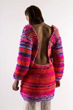 Luv this shape/colour/yarn Knitwear Fashion, Knit Fashion, Knit Skirt, Knit Dress, Big Knits, Textiles, Knitting Designs, Couture, Dress To Impress