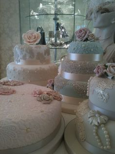 Lace wedding cakes by Susan McEvoy