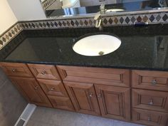 Light Gray Granite Vanity Top : 1000+ images about Tuscany Vanity with Uba Tuba Granite Top on Pinterest Granite tops, Tuscany ...