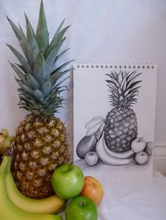 How to Draw a Still Life Composition: A Step-by-Step Guide Shading Drawing, Pencil Sketch Drawing, Pencil Drawings, Pencil Shading, Pencil Art, Art Drawings, Fruit Sketch, Vegetable Drawing, Composition