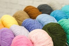 Valley Yarns Pocumtuck is a DK weight, 100% Cashmere yarn that comes in great heathered colors.