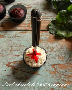 craft marmalade: Beet chocolate {brain} cupcake with cream cheese f...