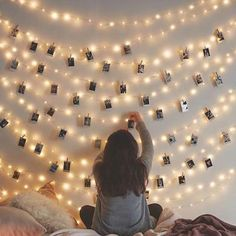 LED Photo Clip String Lights Holder Fairy Lights for Hanging Photos Pictures Cards Memos, RGB Warm White Decoration Light Room Ideas Bedroom, Girls Bedroom, Bedroom Wall, Bedroom Picture Walls, Lighting Ideas Bedroom, Cozy Teen Bedroom, Magical Bedroom, Teen Bedrooms, Bedroom Inspo