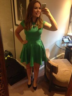 love her dress xx Night Out Outfit, My Outfit, Spring Summer Fashion, Winter Fashion, Tanya Burr, Star Fashion, Womens Fashion, Celebrity Style, Celebrity News