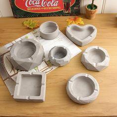 Ucuz Kil Kalıpları, Çin'den Tedarikçilerden Doğrudan Satın Al: Farklı 3D Küllük Beton silikon kalıp Alçı Alçı El Sanatları Kalıp Ofis Dekorasyon Küllük Çimento Kil Kalıpları ✓ Ücretsiz Kargo Worldwide tadını çıkarın! ✓ Sınırlı Zaman Satış ✓ Kolay Dönüş Clay Art Projects, Ceramics Projects, Polymer Clay Crafts, Diy Clay, Diy Crafts Clay, Diy With Clay, Keramik Design, Clay Design, Ceramic Clay
