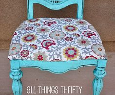 All Things Thrifty Home Accessories and Decor: Yard Sale Chair Complete! Spray paint, glaze!
