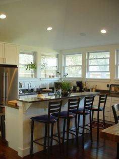Love the way the bar hides when/if the kitchen is messy!