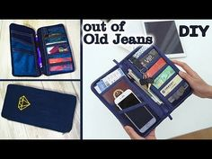 Best DIY Backpack design ever! Sew it from scratch by own hands really easy! ✂ Materials you need to make this DIY backpack: - the fabric - soft doublerine. Diy Backpack, Diy Tote Bag, Diy Purse, Pouch Bag, Old Jeans Recycle, Diy Old Jeans, Diy Pochette, Jean Purses, How To Make Purses