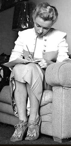 Marilyn Monroe. A George Vreeland Hill Pinterest post.