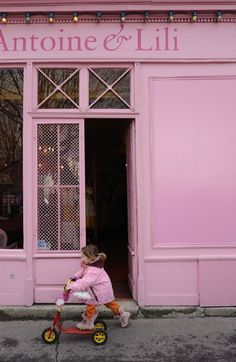 the pink house - canal saint martin, quai de valmy, paris x