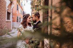 Venice wedding photography - Italy • Benátky • MEMO photo agency - svadobný fotograf Venice, Wedding Photography, Wedding Dresses, Bride Dresses, Bridal Gowns, Venice Italy, Wedding Dressses, Wedding Photos