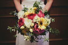 Unique wedding flowers #wedding #flowers - MyBrideGuide.com