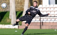 HEIN - Feyenoord verliest zesde competitiewedstrijd op rij - foxsports.nl Espn, Sporty, Football, Style, Soccer, Swag, Futbol, American Football