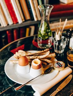 Breakfast at Merci