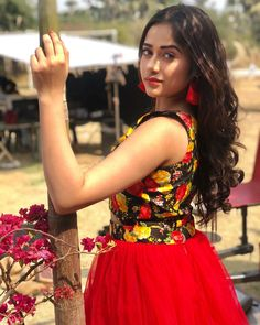 Jannat zubair cute and hot and bollywood item Indian actress model unseen latest very beautiful and sexy wedding selfie naughty smile images. Stylish Girls Photos, Stylish Girl Pic, Beautiful Bollywood Actress, Beautiful Actresses, Beautiful Heroine, Cute Girl Photo, Girl Photography Poses, Fashion Photography, Indian Celebrities
