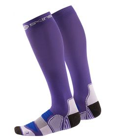 Women's active compression socks. Perform better, go for longer. #SKINS #bestincompression #performance #recovery #equipment